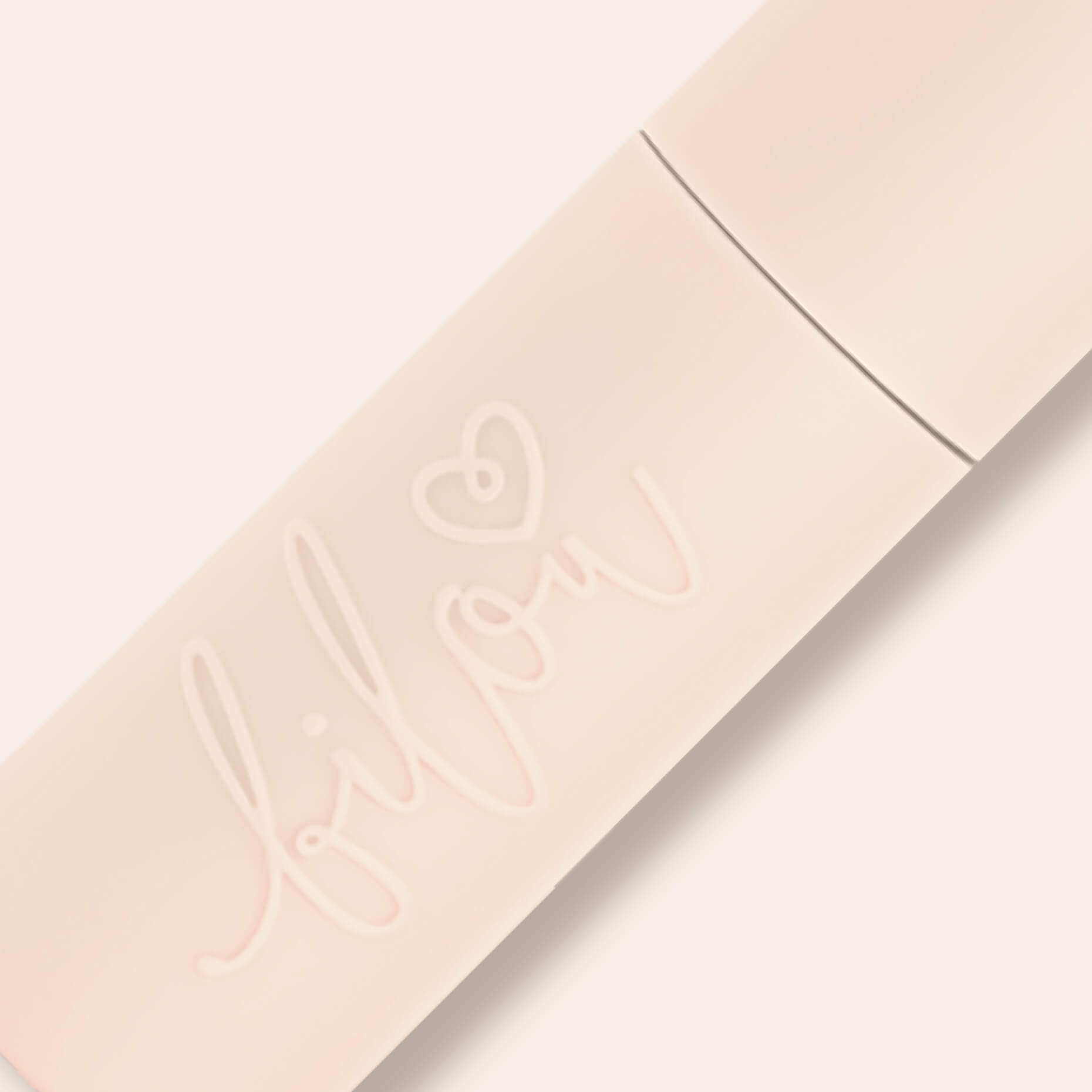 Preview bilou lip oil Caramel Macaron stick